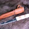 Le banc fustier : Dague forgée manche en bois de renne et olivier