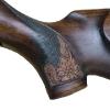 Le banc fustier : Detail Crosse sculptée avec edelweiss poignée pistolet