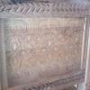 Le banc fustier : Détail sculpture coffre en poirier